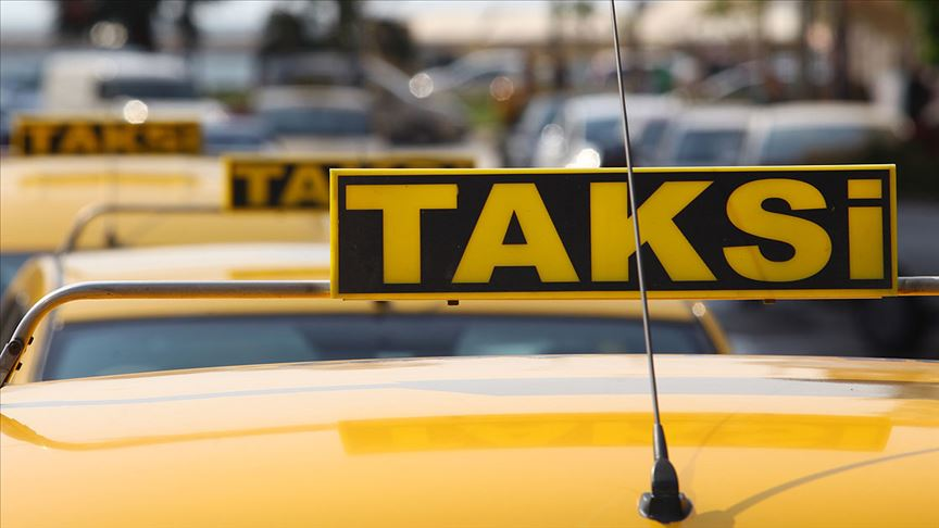 Ticari Taksi İşleten Mükellef, Başka Bir Ticari Taksiye Ortak Olduğunda Basit Usulden Yararlanabilir Mi ?