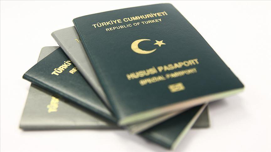 Bugüne kadar Avrupa'ya vizesiz giden Hususi (Yeşil) ve Hizmet (Gri) pasaport sahibi Türk vatandaşları, 2020'den itibaren Avrupa ülkelerine girebilmek için önceden izin almakla yükümlü olacak.